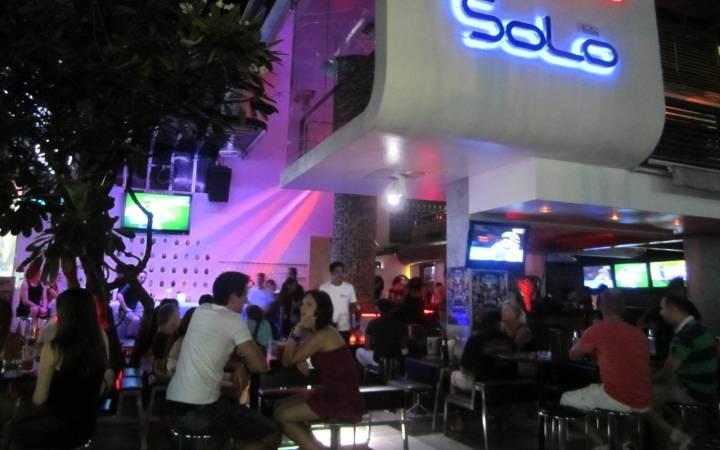 Бары и клубы Самуи: ночная жизнь на пляжах Ламай и Чавенг