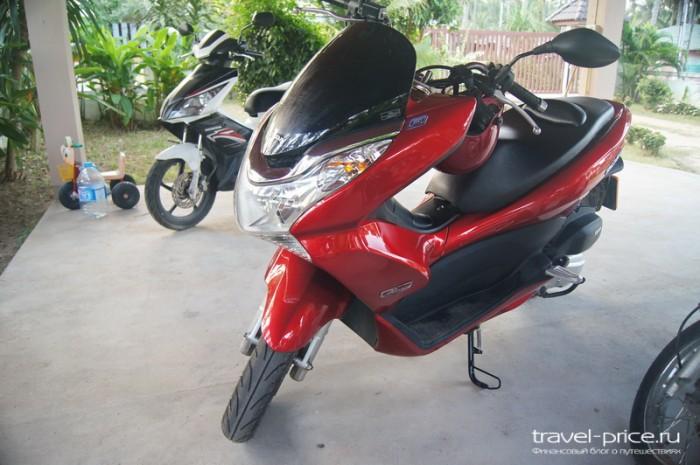 Аренда мопедов на Самуи: Honda PCX