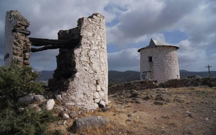 Первая достопримечательность Бодрума: древние мельницы