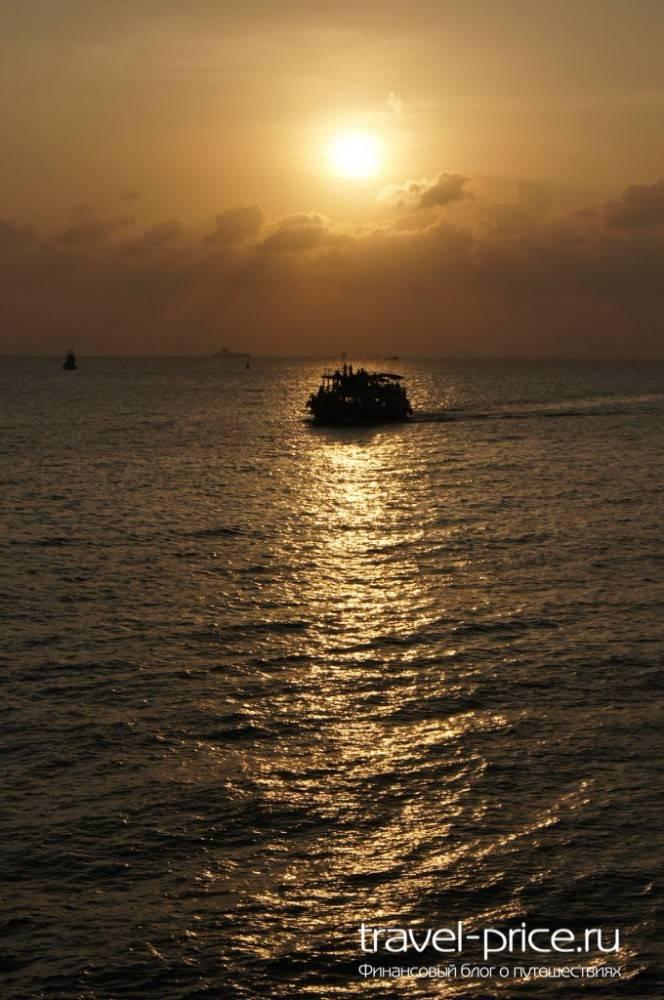 С острова Самуи в Куала-Лумпур (Малайзия) по земле