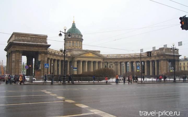 Что посмотреть в Санкт-Петербурге зимой: маршрут 2 по Невскому проспекту