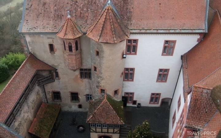 Средневековый замок Роннебург в Германии – это лучше, чем машина времени