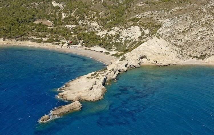 пляж Fourni Родос